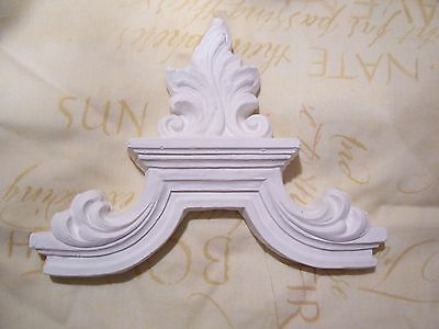 2 x plaster pediment embellishment decor arch mouldings wall plaques decals new