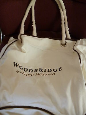 Robert Mondavi Winery Beach or Shopping Bag mint never used great gift