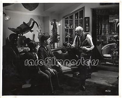 HUE AND CRY 1946 Alastair Sim, Harry Fowler, Douglas Barr EALING STILL #51