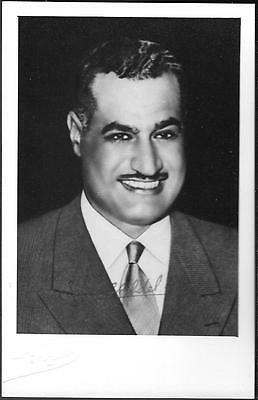Egypt President Gamal Abdel Nasser hand signed autograph on Photo