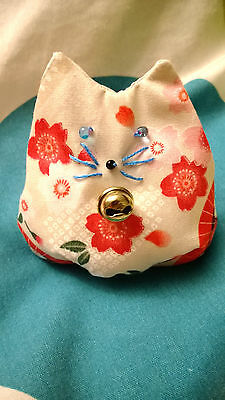 Handmade Japanese Kimono Floral Cotton Bean Bag Cat (Otedama)