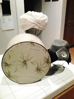 Vintage Bullocks Hat Box and includes Beige & Grey Hat