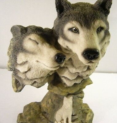 AGG Design 2 Grey Wolf Head Bust - Male & Female - 3 Wolves Figurine/Sculpture -