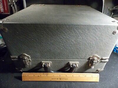 Vintage Qualitone Speech Audiometer Model QA Tested Powers Up Works SCARCE!