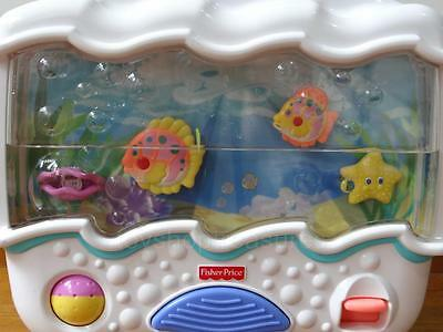 Fisher Price  OCEAN WONDERS Soothing Cot Aquarium - Music - Bubbles - movement
