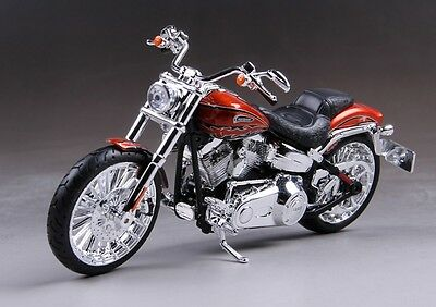 Maisto 1:12 Harley Davidson 2014 CVO BREAKOUT Motorcycle Model Bike