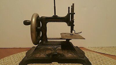 Antique Child's Cast Iron Sewing Machine Made In Germany