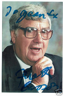 Frank Carson Television and theatre Comedian  Hand Signed  Photograph 6 x 4