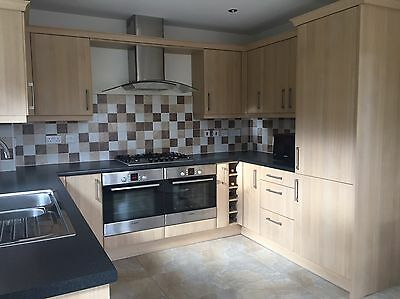 Full Kitchen Light Oak Including Appliances