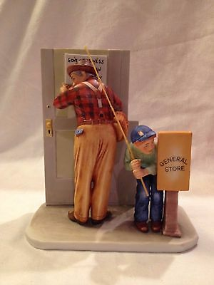 """Norman Rockwell CLOSED FOR BUSINESS Helping Hand 4 Seasons 8"""" Figurine (Gorham)"""