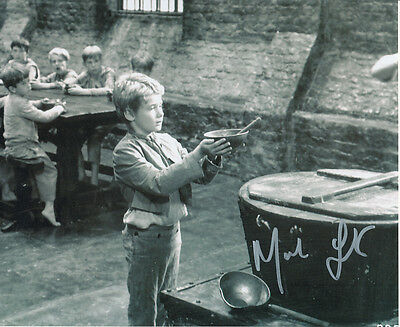 Mark Lester SIGNED photo - J646 - Oliver!