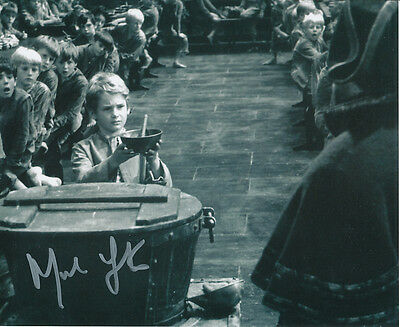 Mark Lester SIGNED photo - J674 - Oliver!
