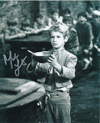Mark Lester SIGNED photo - J697 - Oliver!