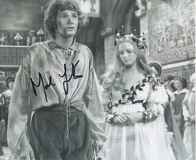 Mark Lester SIGNED photo - J716 - The Prince and the Pauper