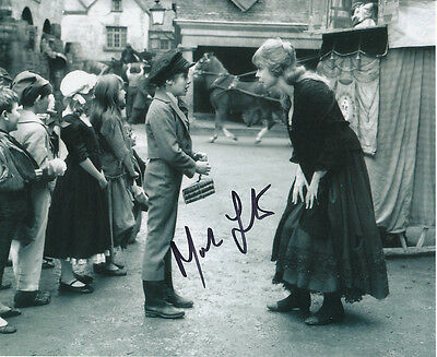 Mark Lester SIGNED photo with Shani Wallis - J707 - Oliver!