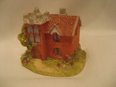 Pottery Miniature Cottage, May Be Lilliput Lane Cottage But Label Is Missing