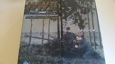 DID 1/6 WWII German Peter Greim with a PzB41 Anti-Tank Rifle D80032
