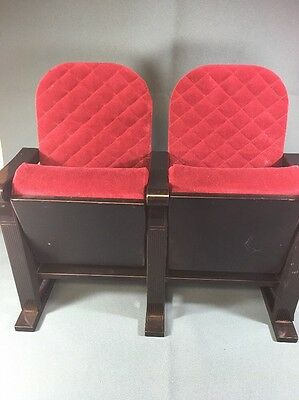 Mollys American Girl Doll Red Velvet Accessories Movie Theater Seats Retired Set