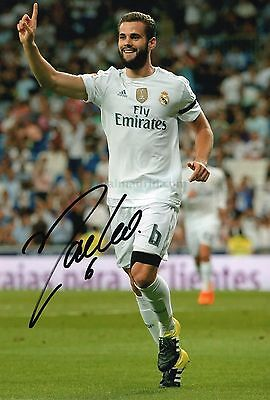 "Genuine hand signed "" Nacho Fernandez - Real Madrid "" 12""x8"" photo (PROOF & COA)"