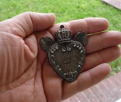 Milagro Sacred Heart With wings D I Y necklace  Ex Voto Milagros Antiqued #10