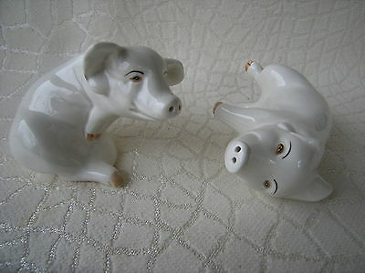 Vintage 1976 Fitz and Floyd Playful White Pigs Salt and Pepper Set