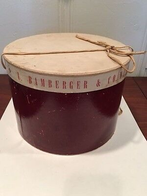 Vintage L Bamberger & Co. Milliners Hat Box