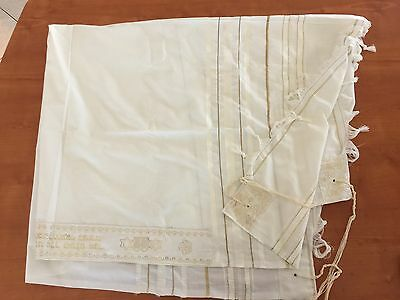 "Tallit Prayer Shawl in White and Gold Stripes Size 47""  X 58""  w/Bag"