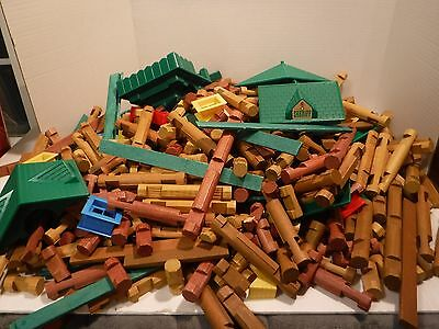 LINCOLN LOGS LOT (11 Pounds) Roofs, Mini-Figures, Doors, Windows, And Logs