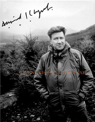 Rare Signed Photo ~ David Lynch, Twin Peaks TV Show Shot on Location