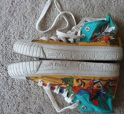 1994 Keds Vintage Wb Looney Tunes Sneakers Road Runner Wile E Coyote Sz 5.5 Cute