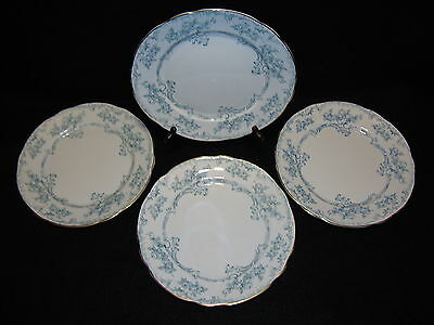 "Ridgway LORRAINE 9 3/4"" DINNER PLATES Lot x 4 Scalloped Edge Blue & White"