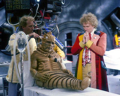 Christopher Ryan and Colin Baker UNSIGNED photo - H4361 - Doctor Who