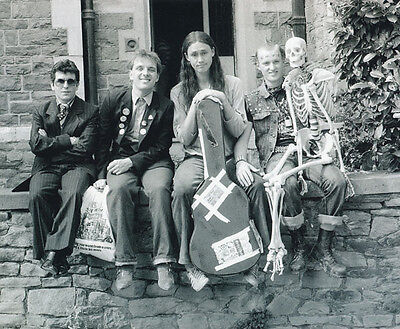 Christopher Ryan, Rik Mayall & Adrian Edmondson photo - H4377 - The Young Ones