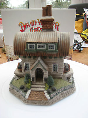 "David Winter ""soldier"" Victorian Rhyme Collection D1184 Enesco Piece Mint"