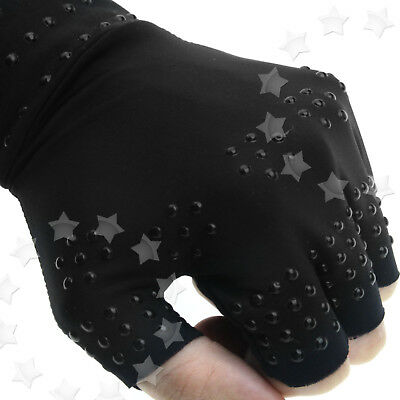 Pair of Magnetic Gloves Arthritis Pressure Magnetic Pain Relief Gloves Black