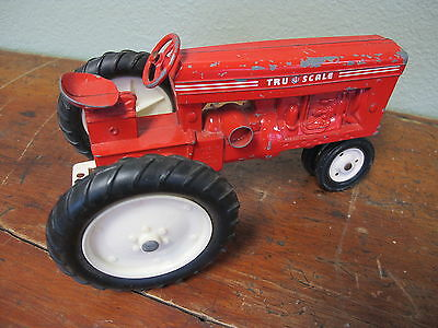 Vintage 1950's Tru-Scale Made in USA Farm Farmer Tractor Diecast Metal Toy