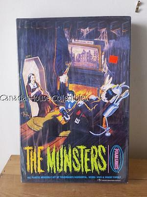 Sealed 1997 THE MUNSTERS POLAR LIGHTS Playing Mantis Model Kit