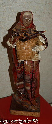 PAPER MACHE OLD WOMAN w/ BASKET CHILI PAPERS Wood Base 3.5x3.5x12