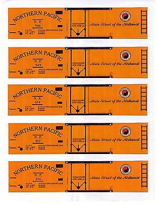 5 Northern Pacific reefer boxcars, TT scale printed sides