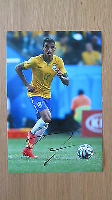 "Hand Signed "" Luiz Gustavo - Brazil "" 12"" x 8"" photograph (PROOF) WITH COA"
