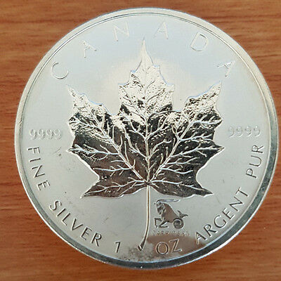1 oz Silver Bullion Canadian Maple Leaf Coin [2004] slightly discolored aged