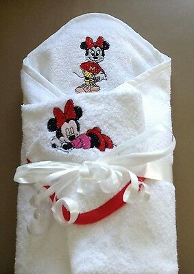 personalised hooded childrens/baby embroidered towel set ideal for bath/swimming