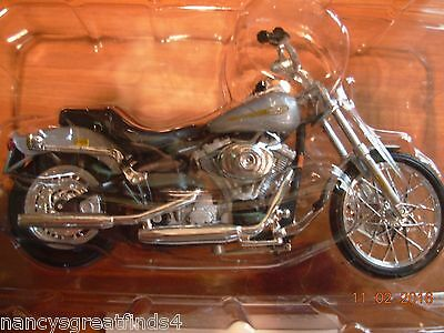*Rewards Center Maisto 2001 Harley Davidson FXST Softail Die Cast Motorcycle