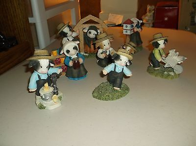 Mary Moo Moos,Lot of 7 Cow Figurines,Cow/Kittens/Ducks,1999