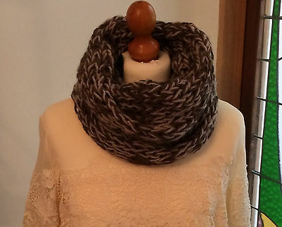 Easy knitting kit for a cosy cowl in brown and beige