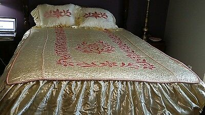 True Vintage 1940's Hollywood Glamour Full Bedspread W/ 2 Shams Quilted Devine