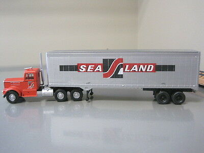 """Ho """"sea Land"""" Tractor And Trailer"""