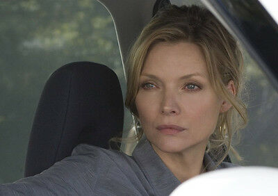 Michelle Pfeiffer UNSIGNED photo - H4897 - I Could Never Be Your Woman