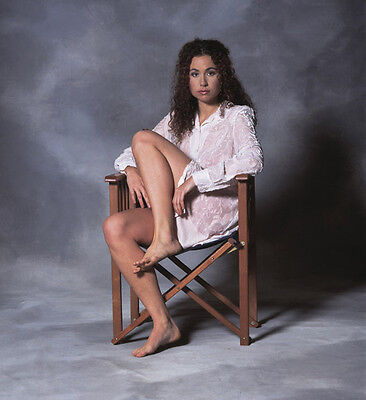 Minnie Driver UNSIGNED photo - H4912 - GORGEOUS!!!!