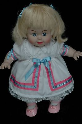 Betsy Wetsy reproduction doll Tyco 1996